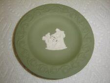 """Wedgwood Jasperware Green & White Round Dish 4 1/4"""" – Weeping Angel"""
