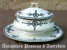 B2017562 - Saucière en porcelaine opaque de Gien décor Malmaison