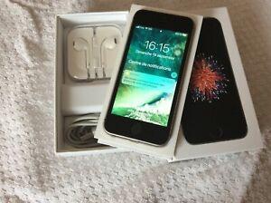Apple IPhone SE 32 go Gris Sidéral: Modèle A1723 débloqué opérateur et ICloud