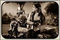Motorrad Biker Girl Blechschild Schild gewölbt Metal Tin Sign 20 x 30 cm CC0187