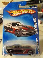 Hot Wheels 2006 Dodge Viper Dream Garage Grey