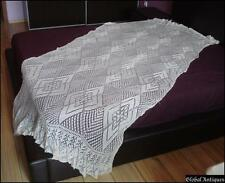 VINTAGE HAND KNITTED CROCHET DOILY BED COVER