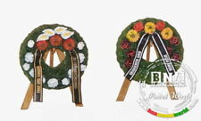Plus Model 1/48 Funeral Wreaths with Easels  #4045