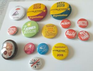 lot de badges divers