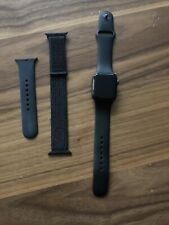 Apple Watch Series 4 40 mm Space Gray Aluminum with 2 Bands (GPS)