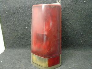 2000-2002 Chevy Express Van GMC Savana Right Side Rear Tail Light