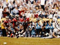 Dexter Jackson SB MVP Autographed 16x20 Running Against Raiders Photo- JSA Auth