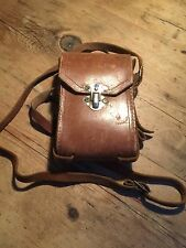 VINTAGE LINED CAMERA CASE / MAN BAG - ORIGINAL CONDITION - A WONDERFUL ACCESSORY