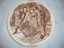 Assiette Sarreguemines 19e - La Rue - Les Tonneaux - Horlogerie Bijouterie