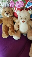 Joblot of 30 build a bear teddies with a free bag of clothes. Used but good cond