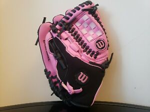 """Wilson Pink Tee Ball Glove Left Hand Thrower Size 10"""" Right Handed Glove MLB"""