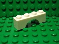 Lego NEW white 1 x 4 arch bricks    Lot of 4