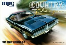 MPC 1969 Dodge Country Charger RT Plastic Model Car Truck Vehicle MPC878M