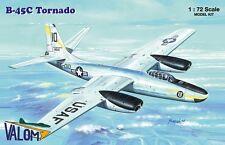 Valom 1/72 Modelo Kit 72121 Tornado B-45C de América del Norte