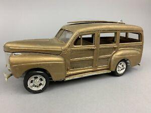 Vintage Ford Woodie Wagon Plastic MODEL KIT Built Junkyard Surf Board Truck