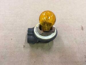 01 02 03 FORD E150 E250 E350 E450 FRONT PARK PARKING LIGHT BULB SOCKET ONLY