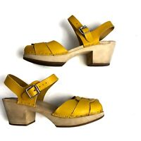 Swedish Hasbeens Yellow Clog Sandals 39 US 9 Peep Toe Toffel Leather