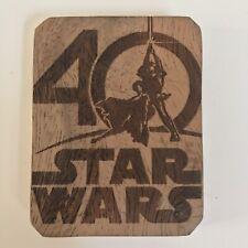 Star Wars 40ieme Anniversaire - Gravure sur Bois Artisanal 70x55