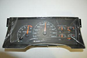 GMC Chevy C/K 1500 81K Speedometer Instrument Cluster 16205295 95 96 97 98