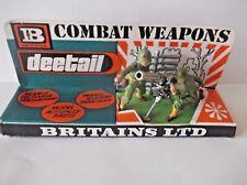 BRITAINS DEETAIL U.S. 75MM GUN ON DISPLAY CARD / STAND