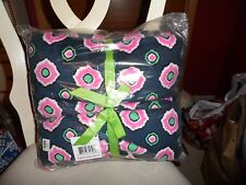 "Vera Bradley Fleece  Throw Blanket 80"" x 50"" in Petal Dots Pattern NWT"