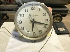 MADE IN USA VINTAGE GENERAL ELECTRIC WALL CLOCK.