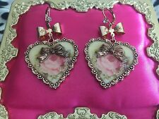 Betsey Johnson Vintage Think Of Me Victorian Pink Rose Cameo Gold Heart Earrings