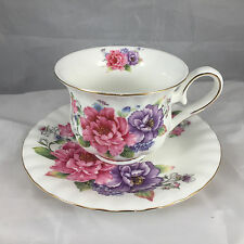 BRAND NEW FINE BONE CHINA  DECORATED CUPS AND SAUCERS X 6 REF 1441
