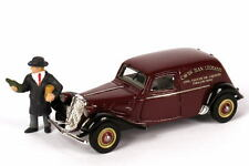 1:87 Citroen Traction Avant 11BL Caves Jean Legrand mit Weinhändler-Fig. MAKETTE