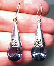 Plata 925 Tear Drop diseñar cortan Blue Mystic Topacio pendientes.