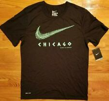 NEW Nike Run Icon Chicago We Rejoice We Conquer! T-Shirt Black 777647-010 MEDIUM
