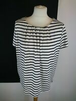 Crewe Clothing Sz 8 Cream Blue Striped Short Sleeve Jersey Tshirt Built in Bra