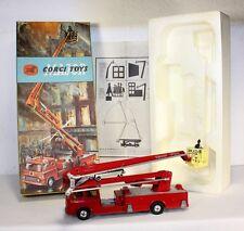 Corgi Toys 1127, Fire Engine, Mint in Box                           #ab1468