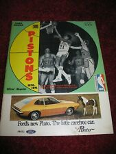 1970-71 Detroit Pistons vs Warriors Pre-Game Magazine w/Stat Sheet (81/2 x 11)