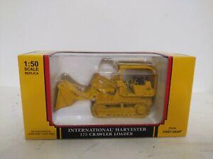 International Harvester 175 Crawler Loader First Gear 1/50 Scale