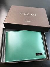 NWT Authentic GUCCI Men's Tri Folded Wallet In Green Leather w/ Picture window
