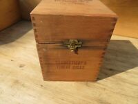 Vintage F.D. Grave & Son Dovetailed Square Wood Cigar Box Hinged 25 Cigars