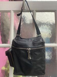 Miu Miu Mens, Woman Travel Bag! Beautiful!