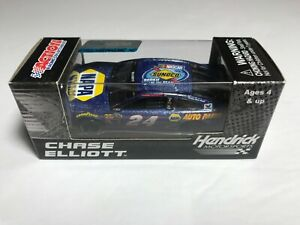 #9 Chase Elliott 1/64 - 2016 Rookie of the Year - NASCAR Action Lionel RCCA Car