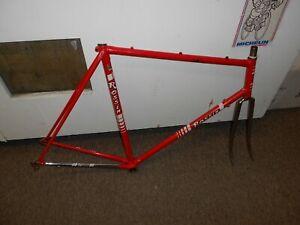 Used vintage 1983 Rossin frame and fork 60cm Red