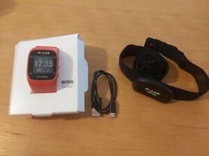 Pulsómetro Polar M400 con banda de frecuencia cardiaca