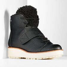 Women $90 Simply Vera Wang Sport Wedge Hiker Boots w/ Platform Heel BLACK sz 6.5