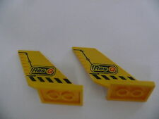 Lego 2 queues d avion jaunes 4610 4607 / 2 yellow tail w/ stickers on each side