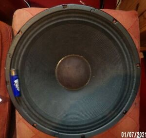 1000 watt 15in JBL speakers X 2