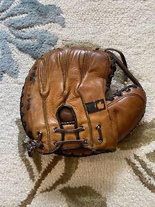 Antique Davega Sports BILL DICKEY Baseball Catchers Mitt Glove New York Yankees
