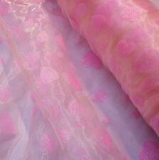Rose Pâle Organza Tissu Avec Roses Paillettes Coeurs (par mètre)