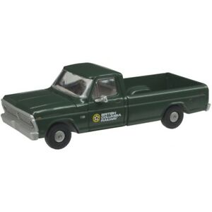 Atlas HO Scale ~ Ford F-100 Pickup Truck ~ British Columbia ~ 30000133
