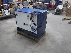 Varta Industrial Battery Charger model 3B24-850