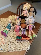 6 Groovy Girls Manhattan Toys & Pink Padded Groovy Girls Fainting/Lounging Couc
