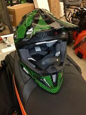 JUST1 (J12) MX SNO PRO ARCTIC CAT HELMET GRN M SALE $40 OFF!!